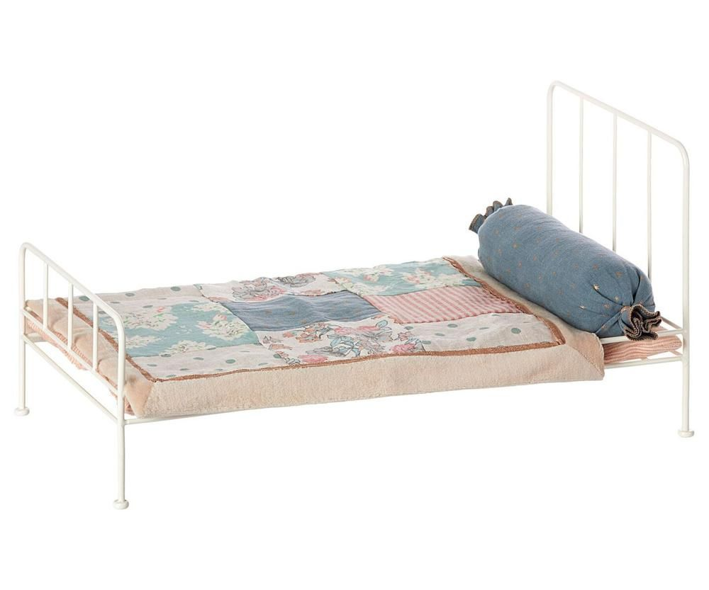 Cream Metal Bed Puppenbett Bett Metall Romantische