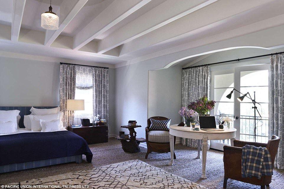 Alyson Hannigan lists Spanishstyle home Home