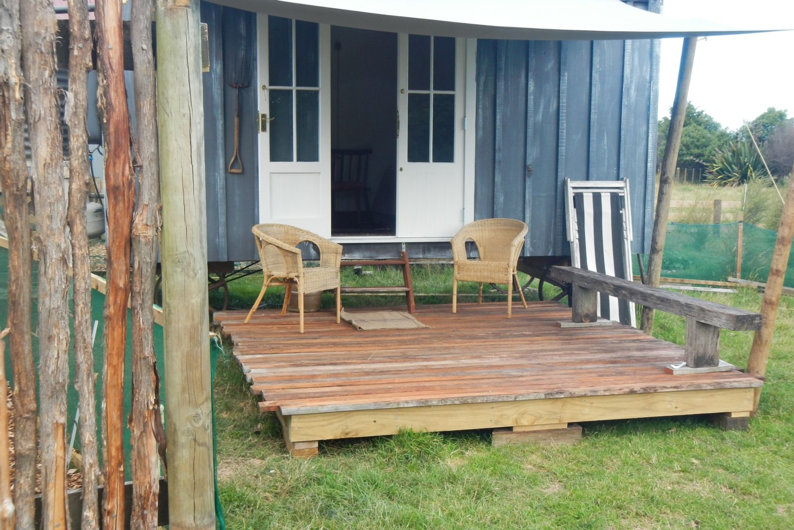 Heritage Van Glamping in Gisborne, East Cape Bookabach