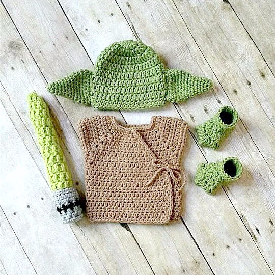 0f1fe1c75 Crochet Baby Yoda Hat Beanie Shirt Shoes Booties Boots Set ...