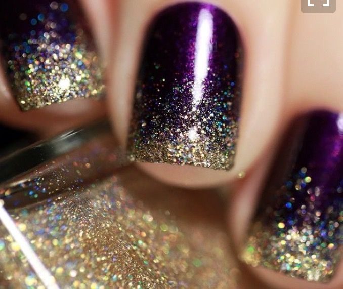 Top 40 Beautiful Glitter Nail Designs To Make You Look Trendy And Stylish -  Nail Polish Addicted - Pin By Karena Greene On Pretty Pinterest