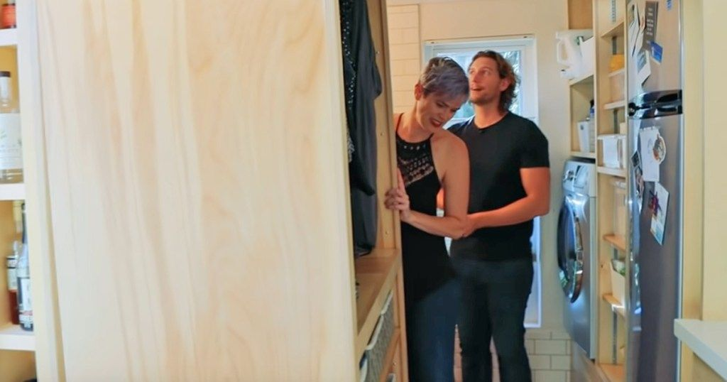 After divorce, woman restarts her life in a tiny home with an amazing hidden  shower | Hidden shower, Tiny house, Tiny house storage