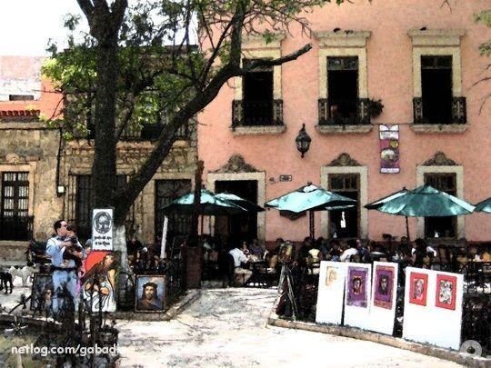Cafés En El Jardín De Las Rosas, Morelia