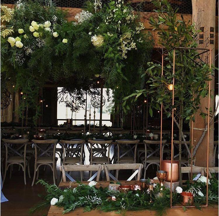 Pin di Nicola su Wedding tables/ flower vibes | Pinterest