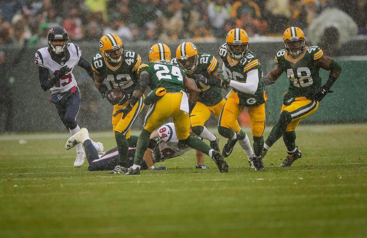 Http Yi Nzc Am Dybquf Green Bay Packers Players Green Bay Packers Football Helmets