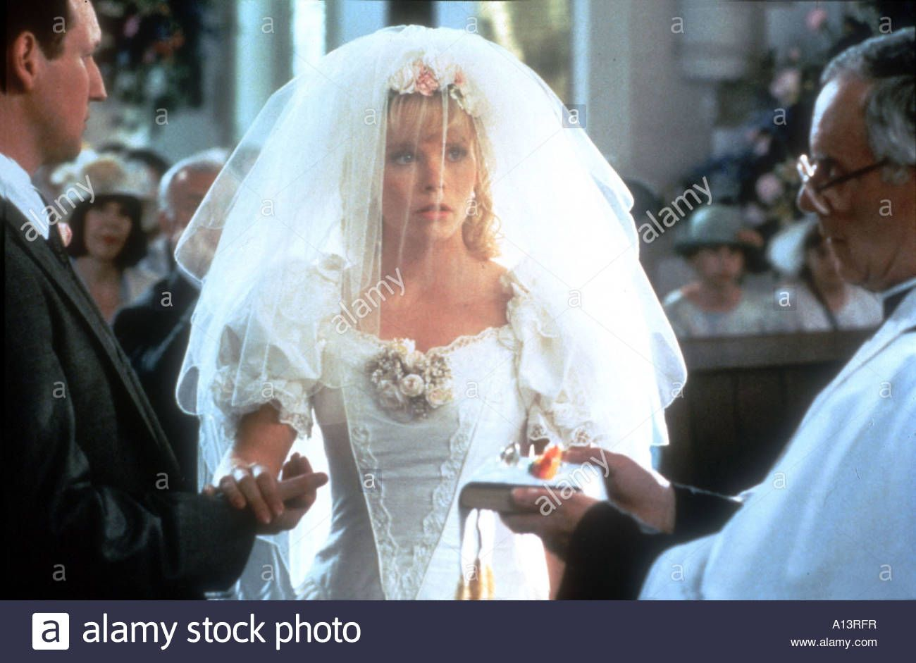 Sara Crowe As Laura Four Weddings And A Funeral 1994 Wedding Dresses Wedding Dresses Lace Dresses