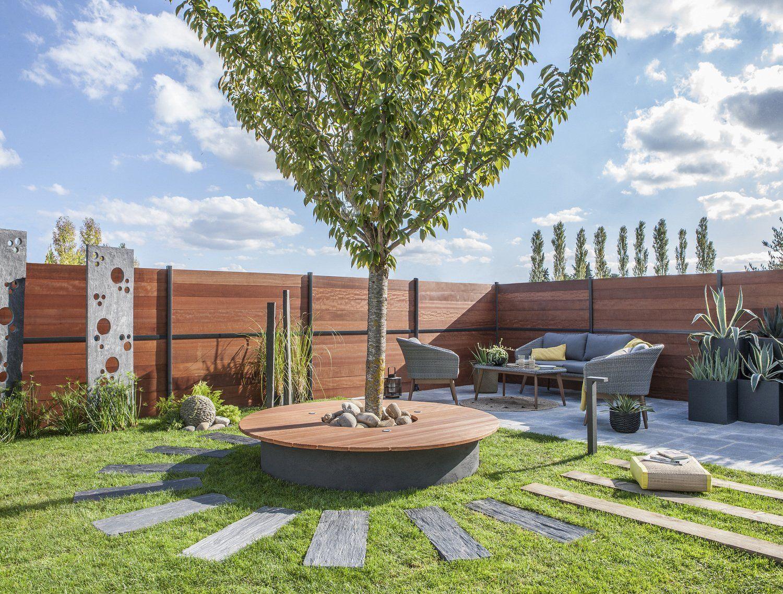 Un Jardin Original Larbre Au Centre Du Jardin Allées De