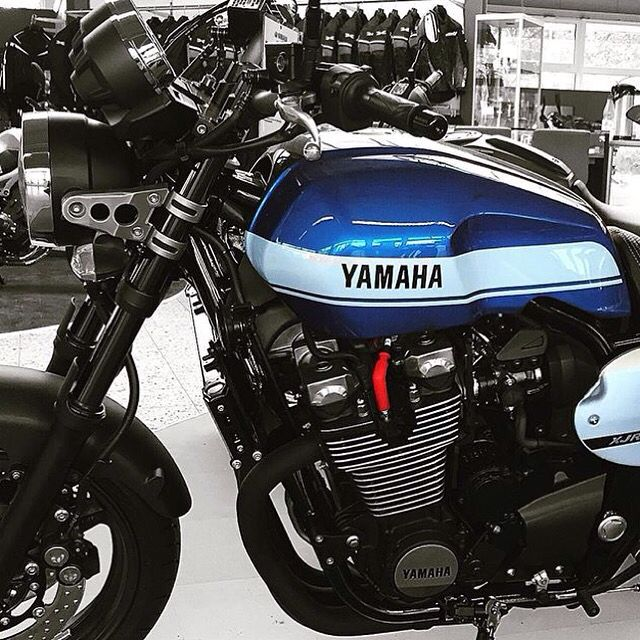 Yamaha XJR 1.300 Faster Sons #fastersons #spain #caferacer #yamaha @yamahacaferacers #yardbuilt @yamaha_yard_built