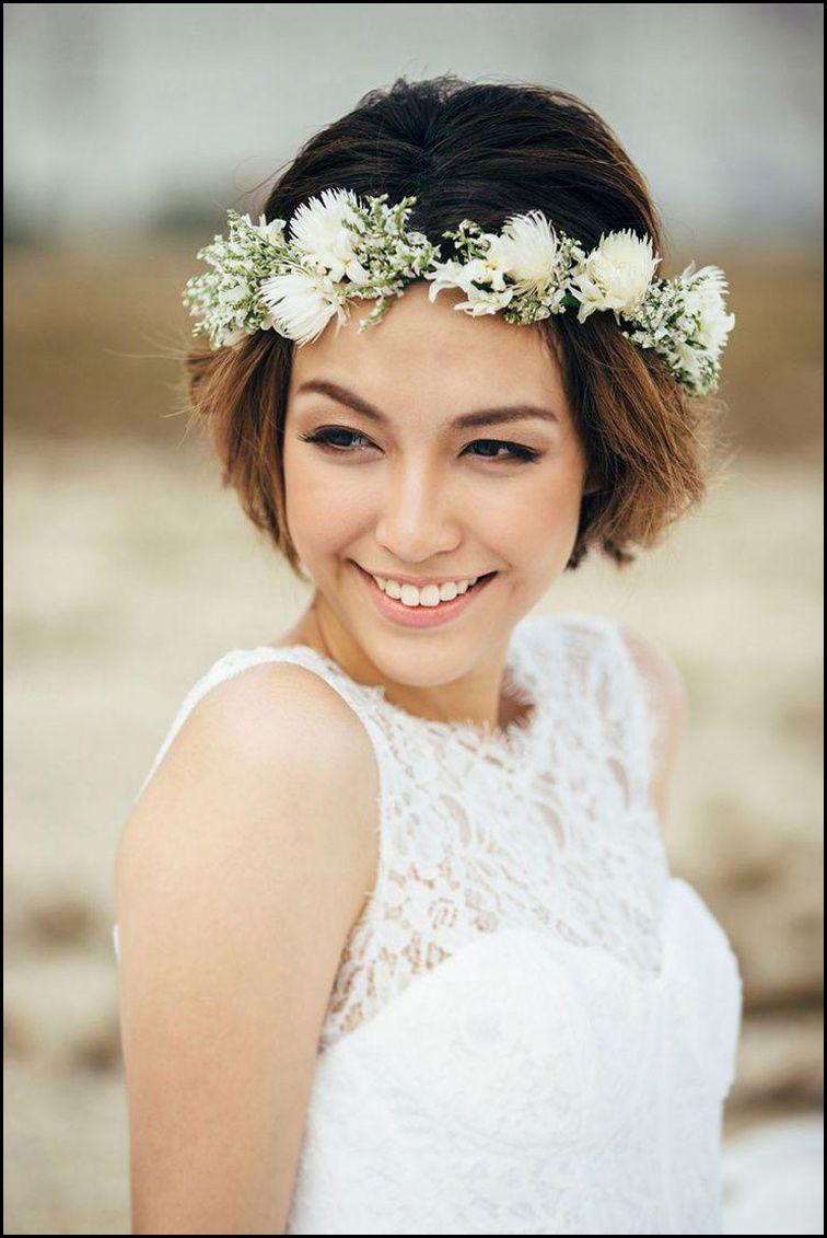 Romantisch Brautfrisuren Kurze Haare Mit Blumen Brautfrisuren