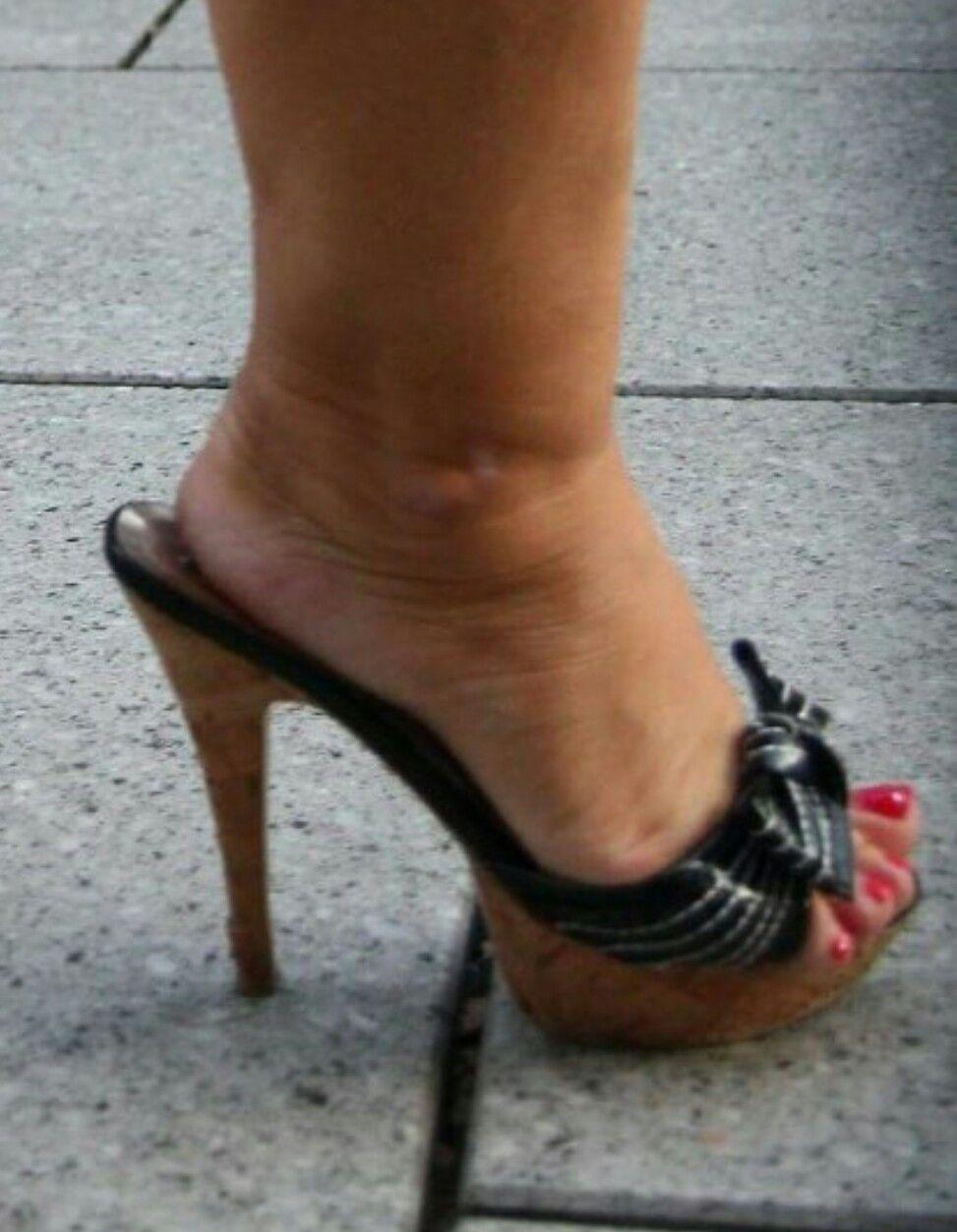 Zapatos negros de tacones altos punta dedo del pie tobillera cuero KMMSi6Bkx