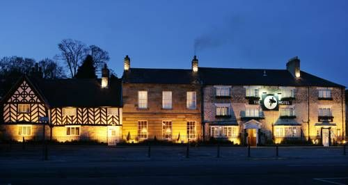 The Black Swan Hotel Helmsley In the picturesque North Yorkshire market town of Helmsley, The Black Swan is a stylish hotel with boutique bedrooms. The historic inn has an award-winning restaurant and tearoom.