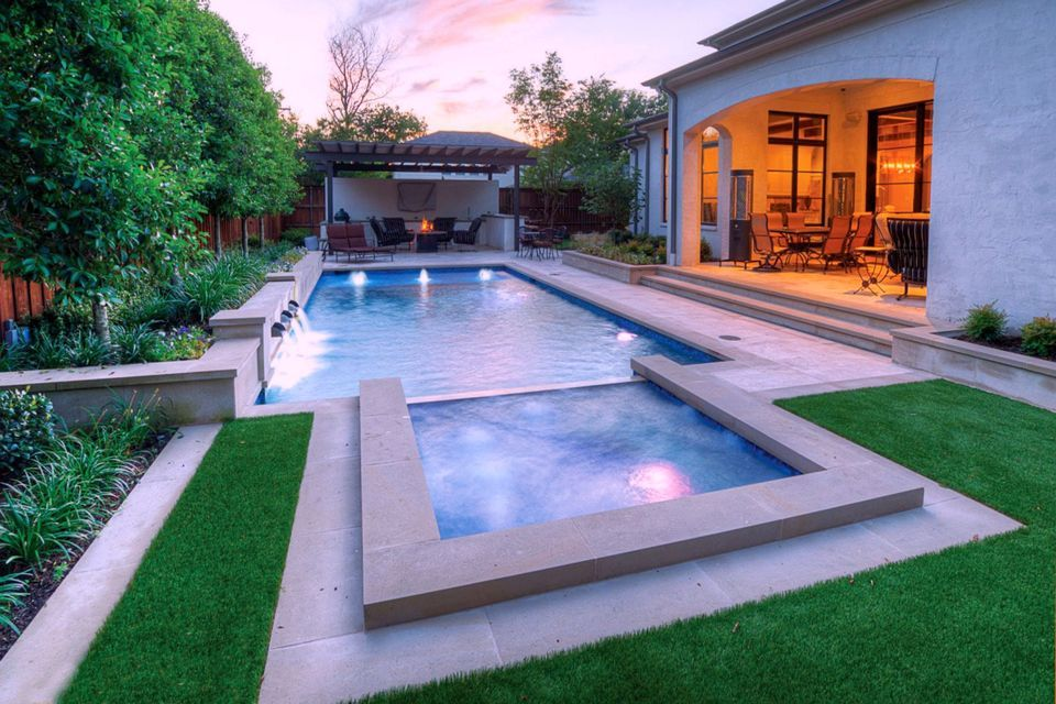 Swimming Pools Discover 24 Winning Ideas For Rectangular Designs Small Backyard Design Rectangular Pool Swimming Pools Backyard