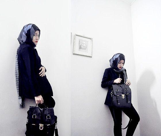 Un | Atina Abdullah