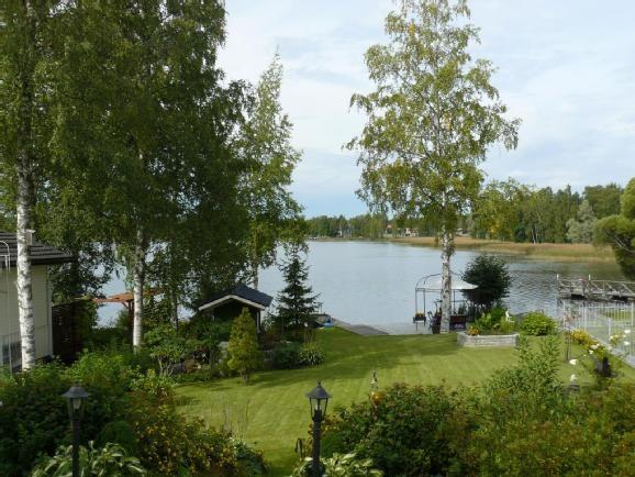 Näsijärven rannalla upea kuusihuoneinen omakotitalo, jonka pinta-alaa riittää kolmeen kerrokseen! #pirkanmaa #arvotalot