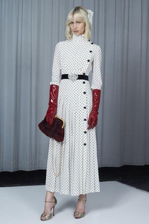 Las Que Zara Ha Llevan El Y Versionado Vestido Grandes Así Es qBxpw1UB