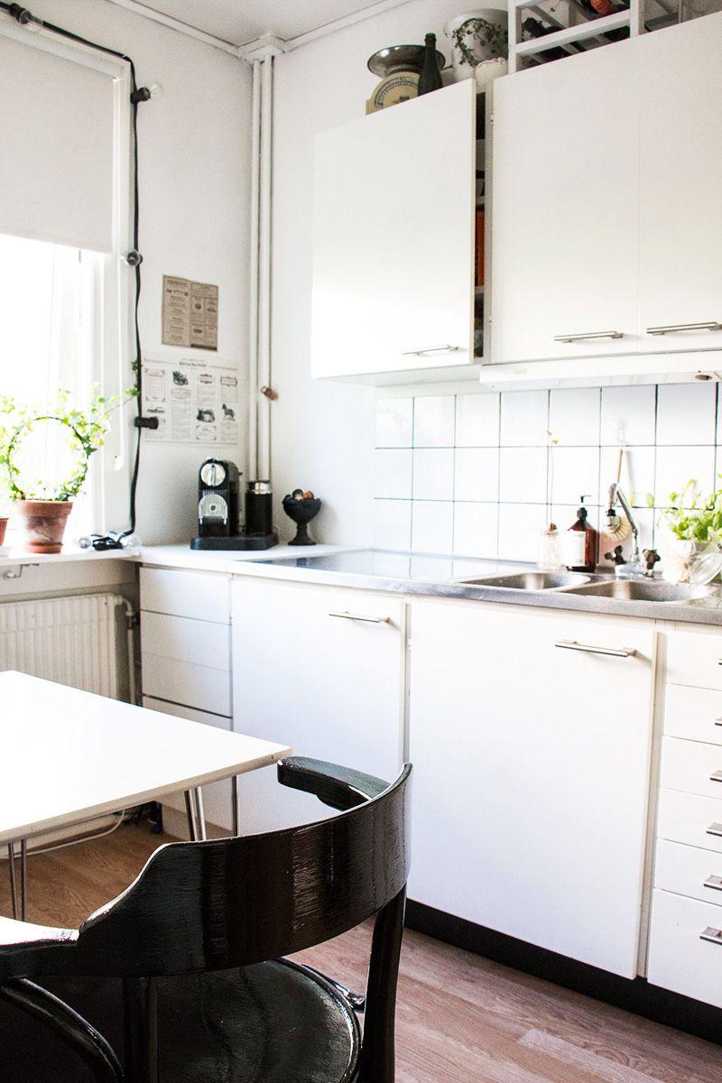 Small natural scandi style apartment apartment interiors