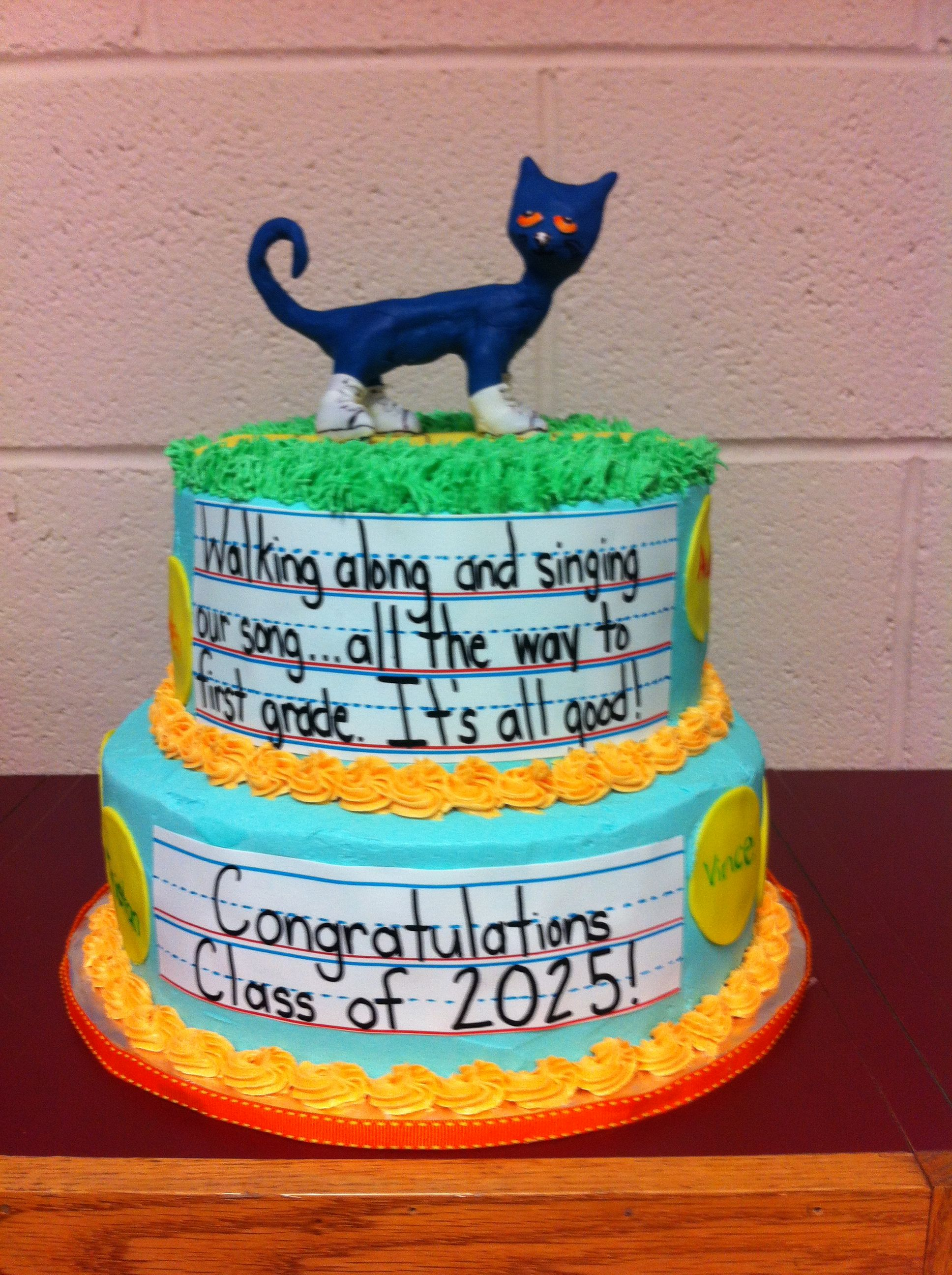 Pete The Cat Kindergarten Graduation Cake With Images