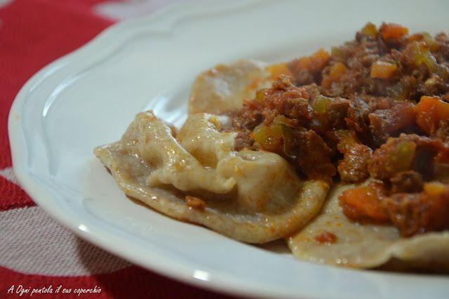 Ravioli di polenta con ragù di conghiale di Ambra