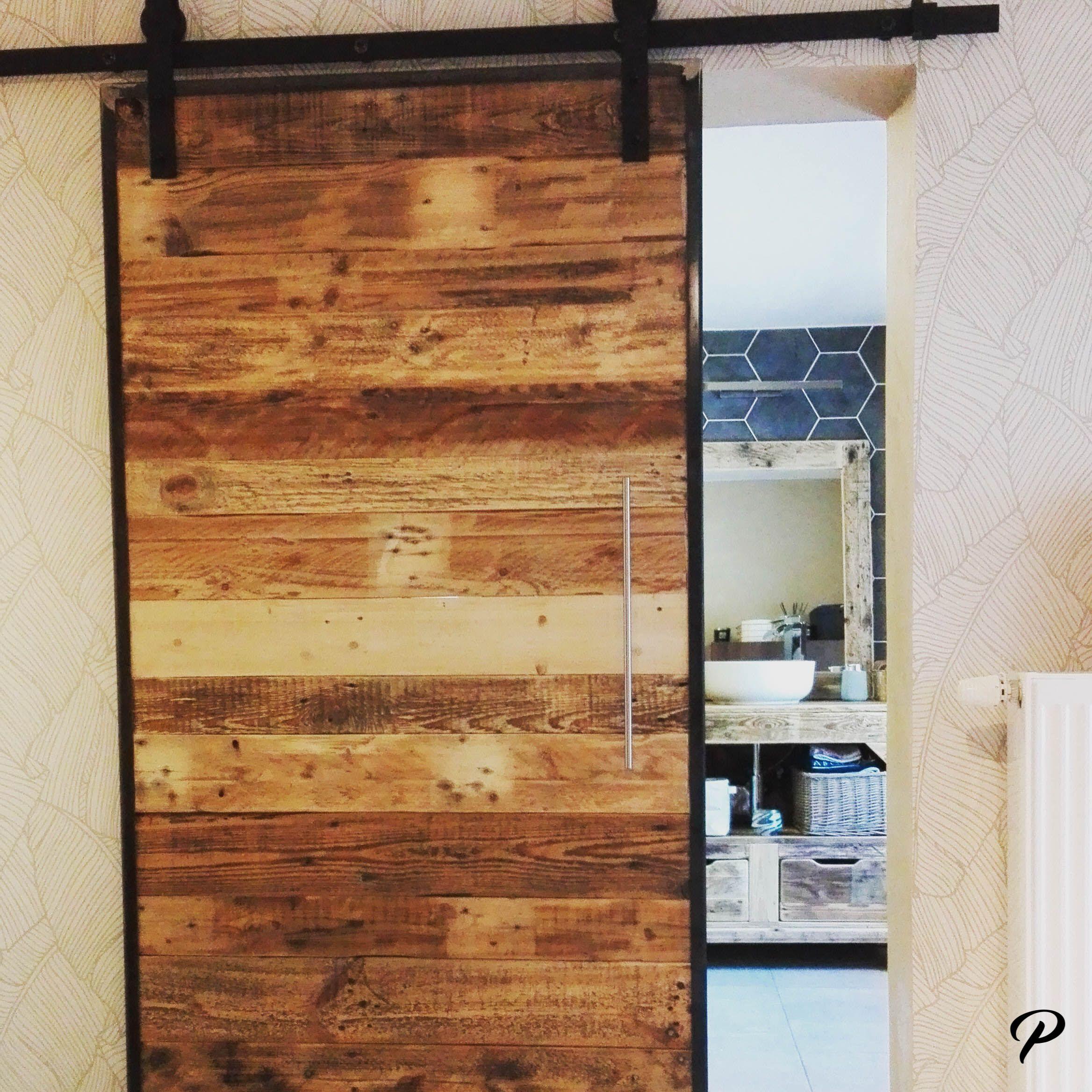 Porte Coulissante En Palette Porte Coulissante Decoration Interieure Mobilier De Salon