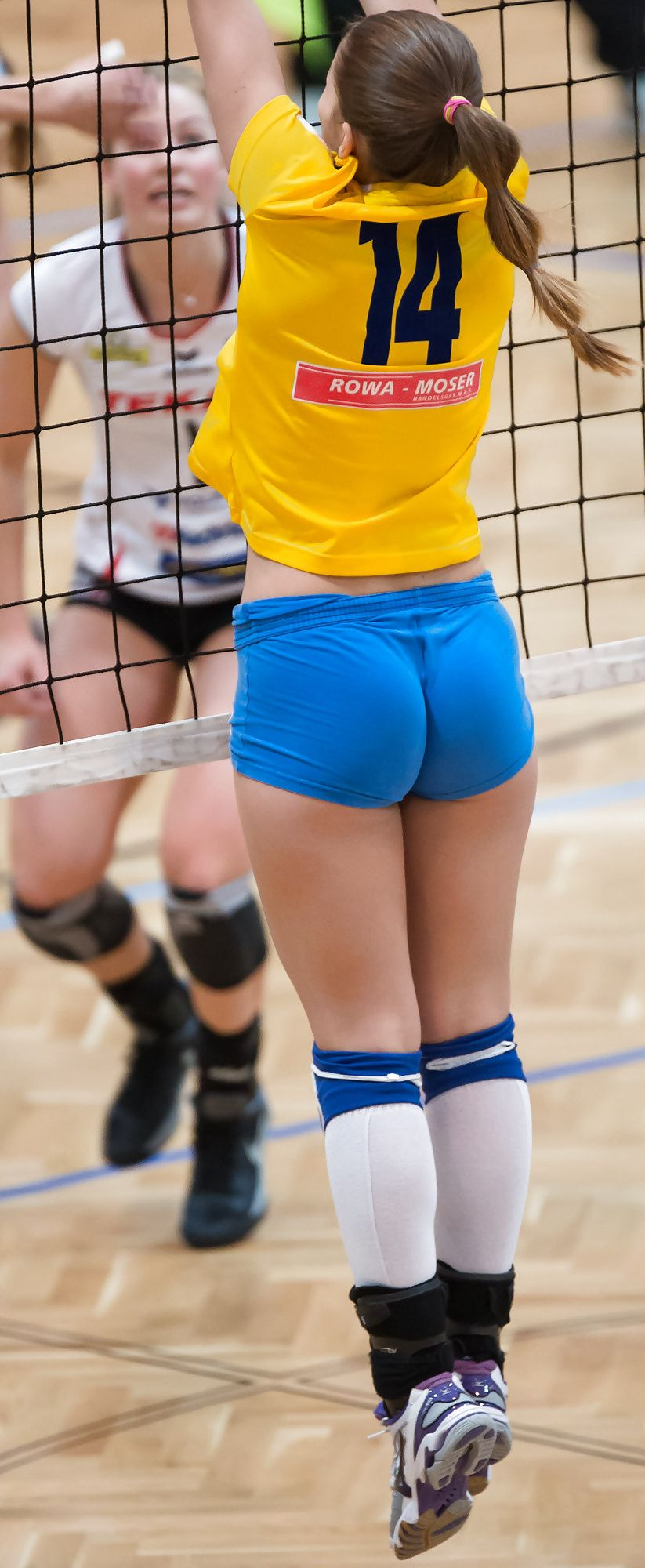 Pin On Volleyball Women