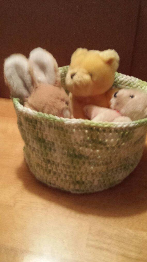 Crochet storage basket by YarnsNneedles on Etsy