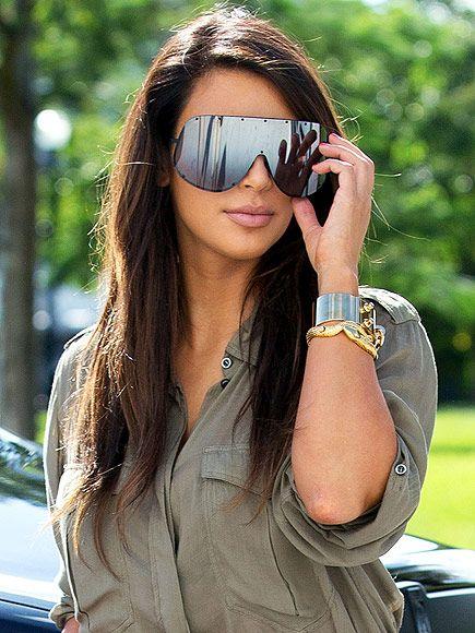 6b1ad4bca5cf Star Style Accessories Photos; Kim Kardashian Style Photos ...