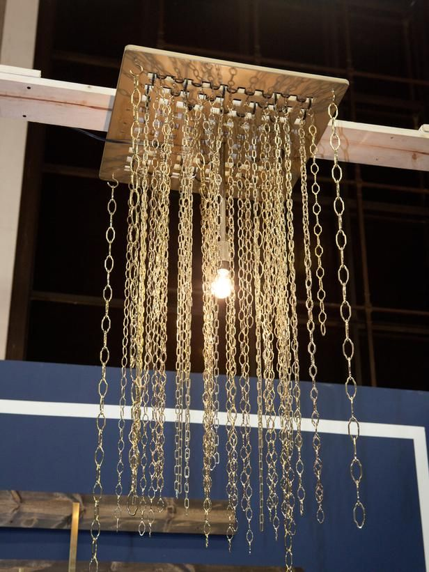 Make A DIY Chandelier With Hardware Store Chains And A Basic Light Fixture.  #diy #lighting