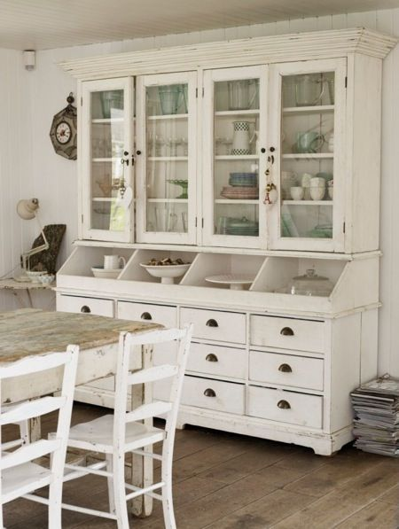 Best Modern Country Style Kitchen With Old Timber Storage Unit 640 x 480