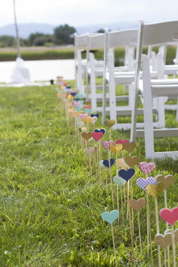 Garden wedding aisle decor  DIY Wedding Decorations Anyone Can Do  Diy wedding decorations DIY