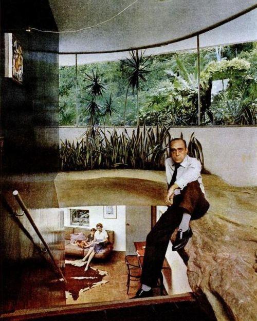 Oscar Niemeyer ,Architect