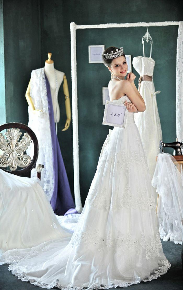 vintage brautkleider 80 jahre stil lang krone | Hochzeitskleider ...
