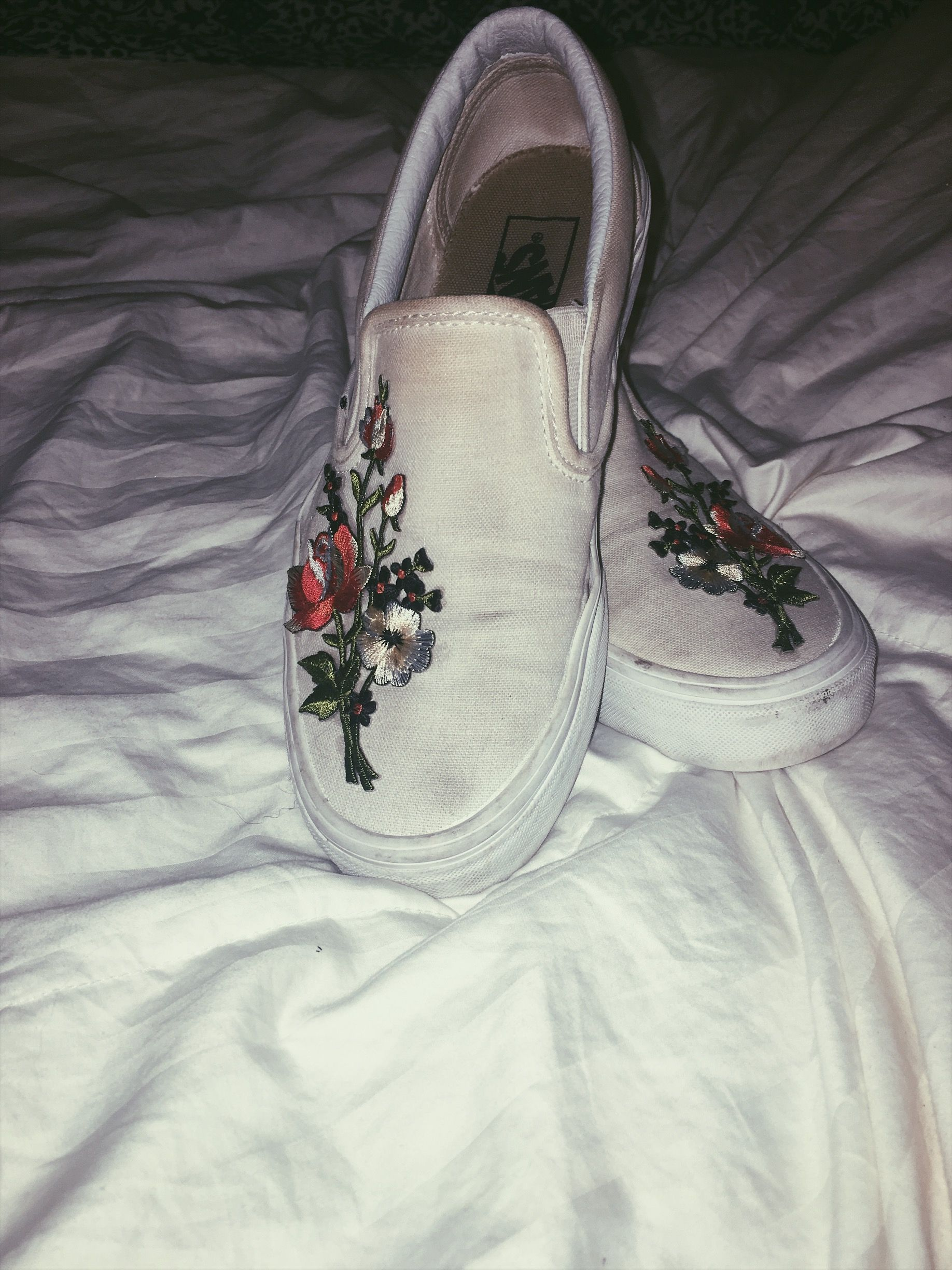 Diy Cute Embroidered Floral Vans Embroidered Shoes Embroidered Shoes Diy Vans Shoes Old Skool