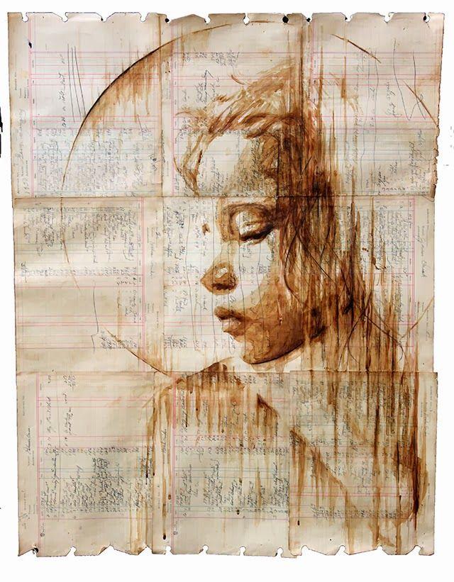Con Un Unico Pincel Y Una Taza De Cafe Michael Aaron Crea Sus Pinturas Sobre Papeles Con Muchos Anos A La Coffee Art Painting Coffee Painting Portrait Painting