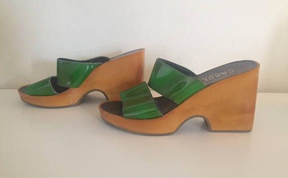 f45e674c1c45 70s Platform Wedge Clogs Wood Sandals Mules Green Patent Size