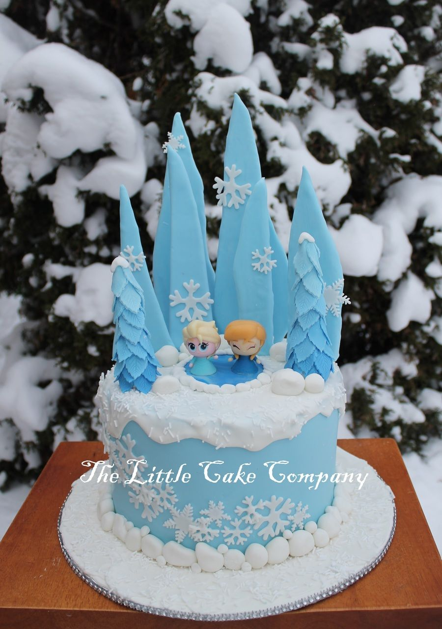 Another frozen cake The figurines are my daughters toys