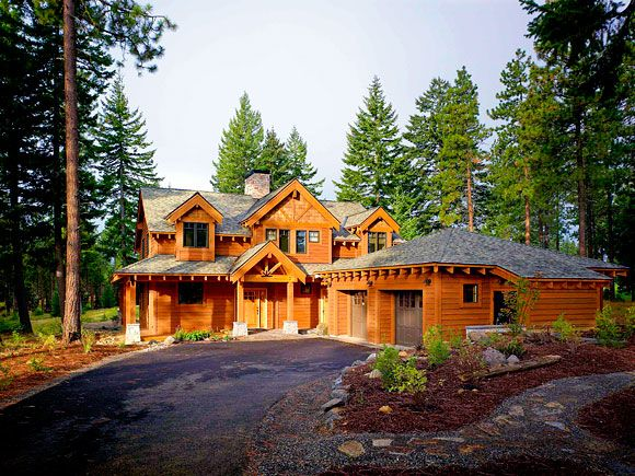 Images of green cedar homes spotlighted in for Lindal log cabin homes