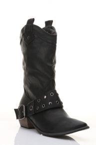 Studded Buckle Side Cowboy Boots  nää ois kivat festaribootsit. koko 41 tai 42. miksei jotkut vanhat isommatkin bootsit tätä mallia kävis kirpparilta. kompensoin villasukilla :)