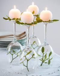 Kerzen Auf Umgedrehten Weingläsern Zur Hochzeit Coole Ideen