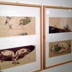 Nooshin Safakhoo, La guerre des hiboux et des corbeaux, Bernard Chèze, Lirabelle, 2012. Disegno a china, inchiostro e collage digitale