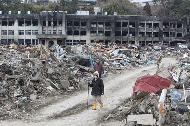 津波による火災でほぼ全焼した宮...