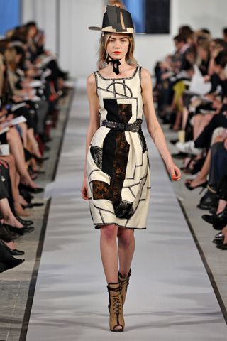 Oscar De La Renta Art Inspired Fashion Fashion Fashion Week Runway