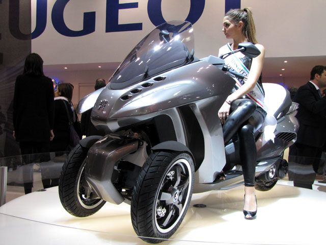 peugeot hybrid3 evolution de face scooter pour permis b pinterest. Black Bedroom Furniture Sets. Home Design Ideas