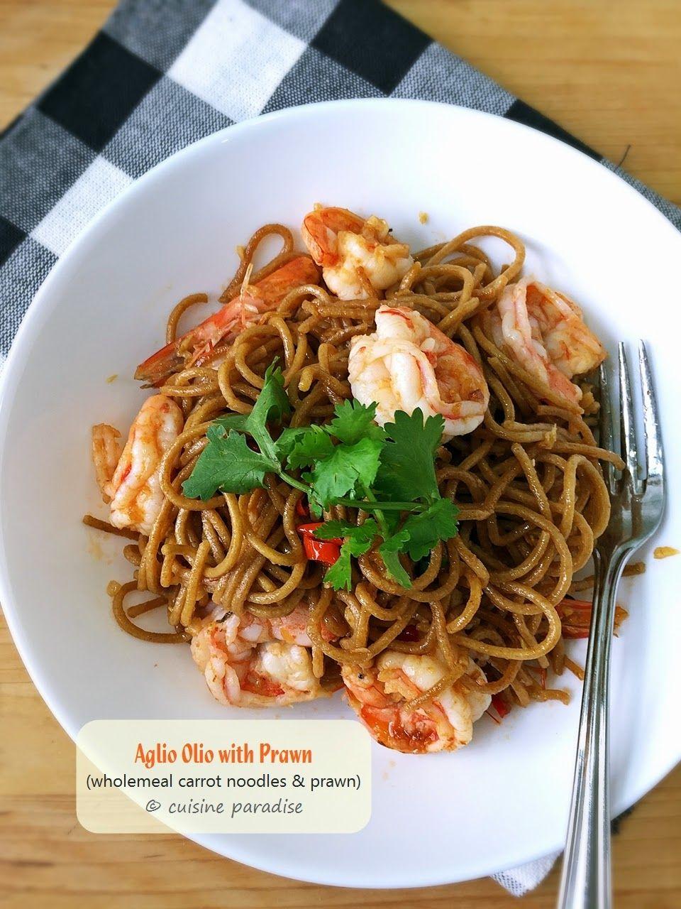 Asian noodles baked foto 392