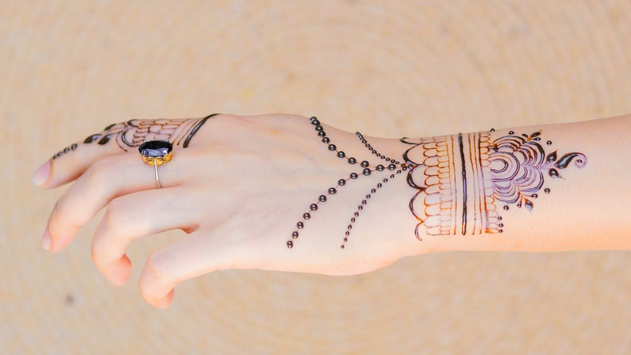 Bracelet Type Mehndi Design For Back Hand Easy And Beautiful Bracelet Desain Henna Mehndi Designs Henna