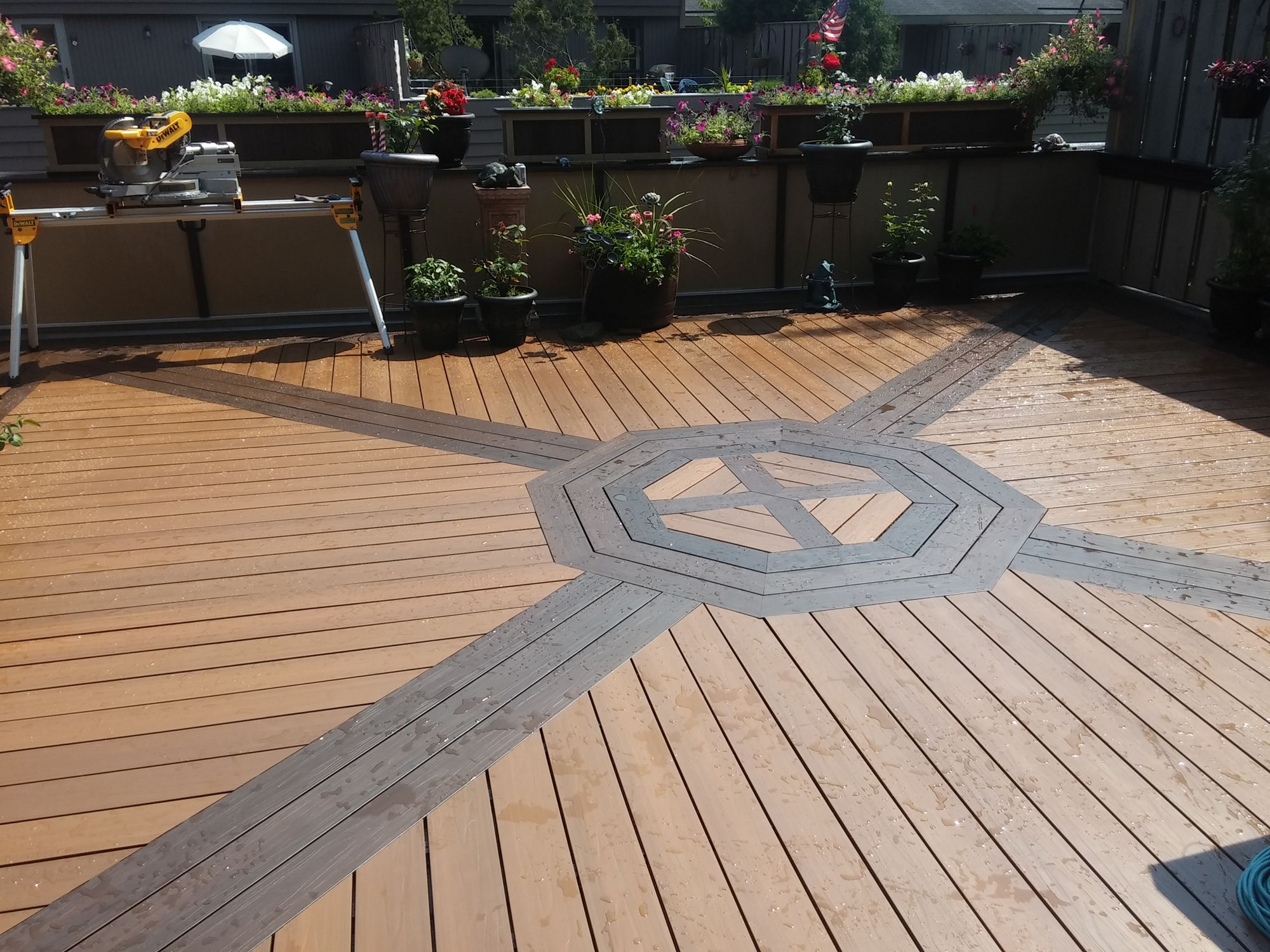 Wonderful Build Of Spanish Walnut And Peruvian Teak The 2 Tone Really Accents The Deck Outdoor Decor Wood Plastic Composite Deck Boards