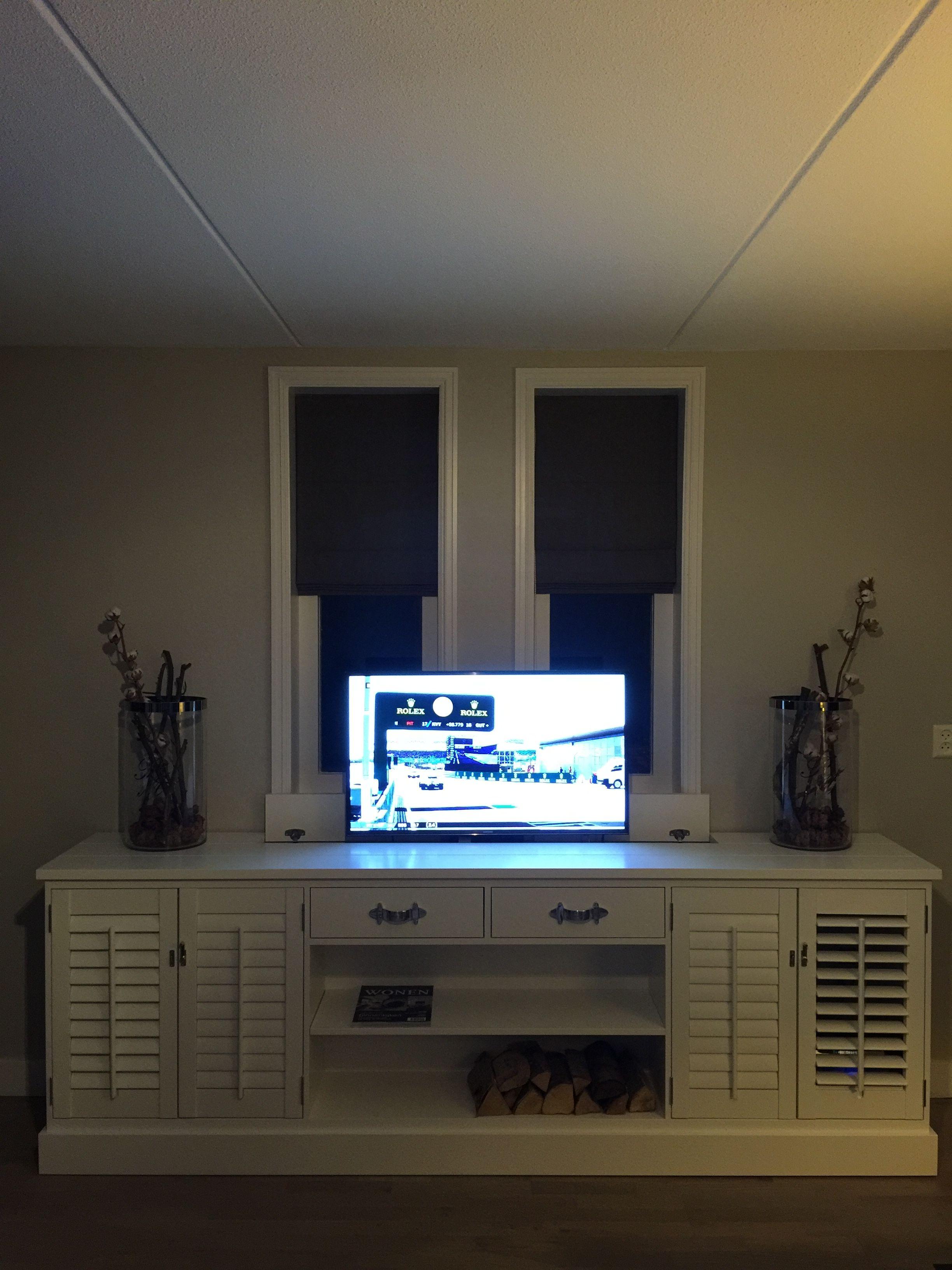 landelijke tv kast met shutters shutters kast tv dressoir tv kast met tv