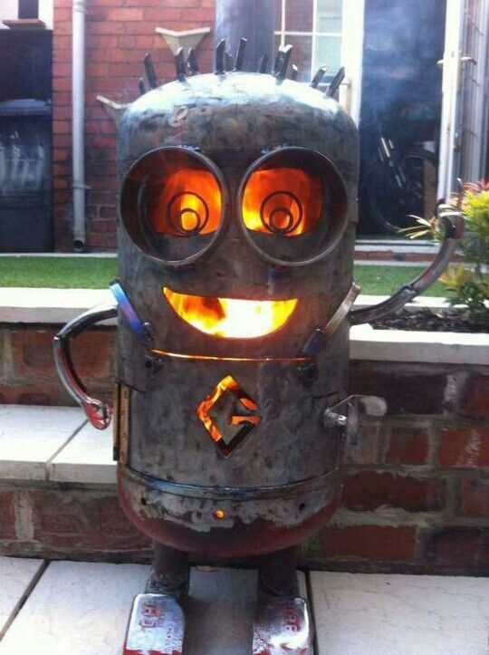minion fire pit metal pinterest bouteille gaz po le et chemin es d 39 ext rieur. Black Bedroom Furniture Sets. Home Design Ideas