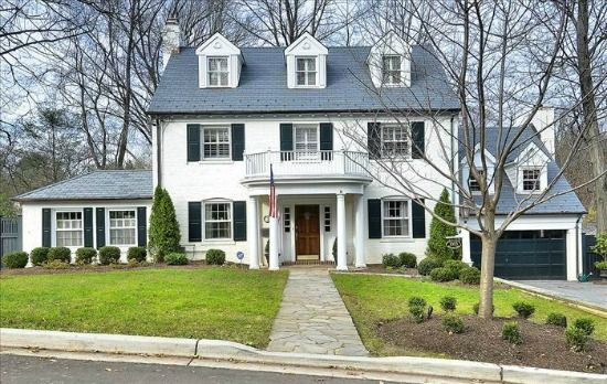 Undated Colonial Revival home in Chevy Chase MD near DC The