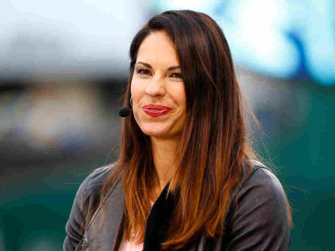 Espn Hires Jessica Mendoza For Sunday Night Baseball Jessica Mendoza Baseball Playoffs Sport Radio