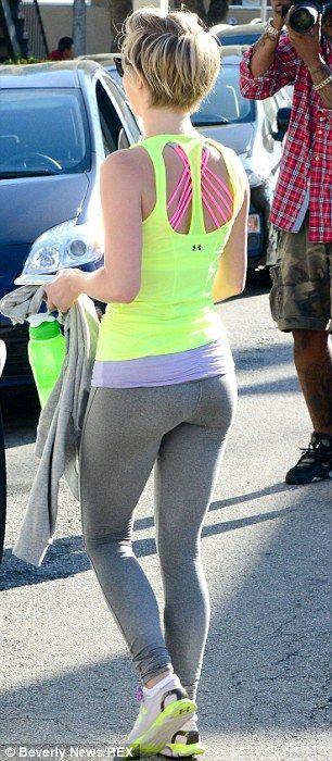 Julianne Hough Workout Clothes